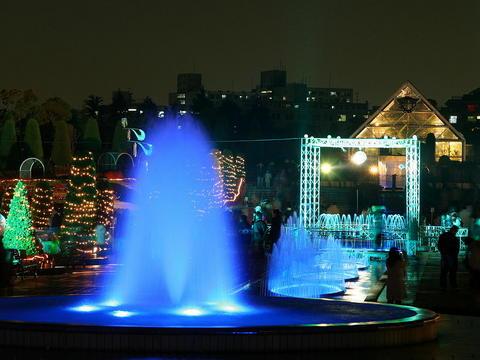 阪神競馬場のクリスマスイルミネーション・アクアルミナス
