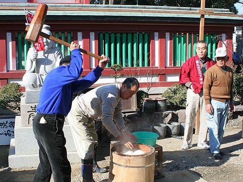 福餅の餅つき/稲爪浜恵比寿神社の十日えびす・明石のえべっさん