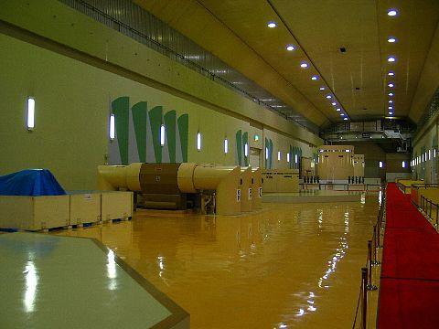 エル・ビレッジおおかわち・関西電力大河内地下発電所 地下1階・大河内地下発電所発電電動機の最上部