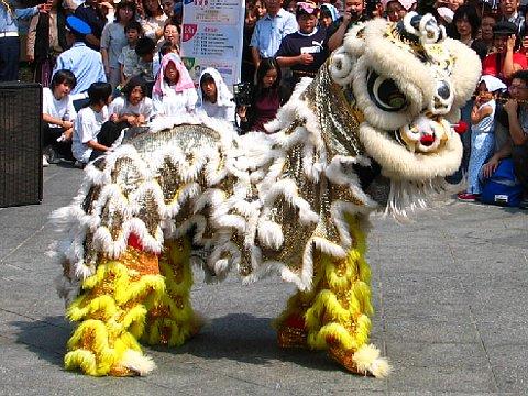 南京町・中秋節(秋節祭)と獅子舞