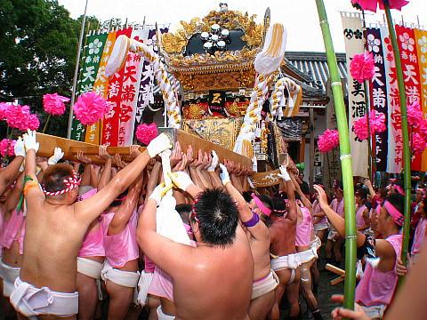 恵美酒宮天満神社秋祭り・屋台の宮入り