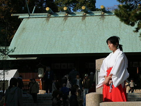 西宮・広田神社の初詣と新春行事よさこい鳴子踊りの奉納