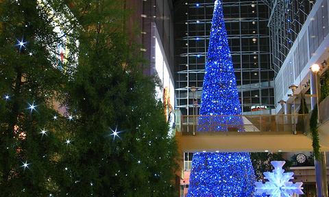 携帯待受・クリスマスツリーの壁紙
