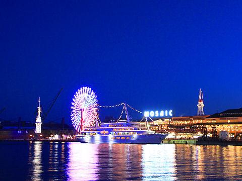 神戸ハーバーランドの夜景とコンチェルト