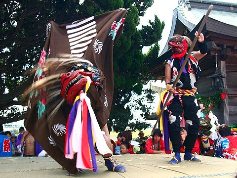 獅子舞の奉納/稲美町・天満神社秋祭り