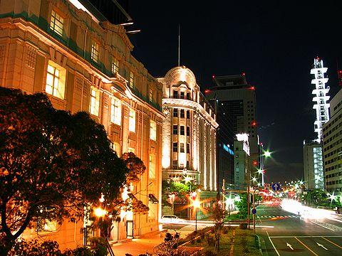神戸旧居留地・洋館のライトアップと旧外国人居留地街の夜景/神戸市