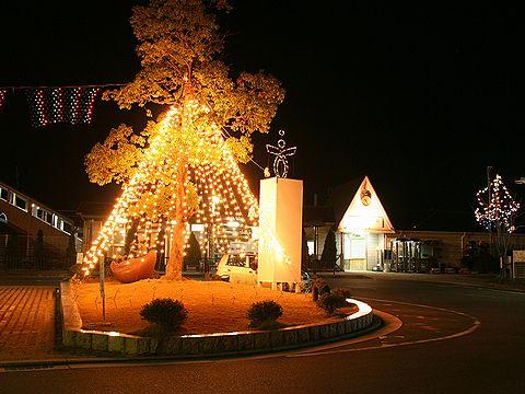 JR西脇駅のクリスマスイルミネーション/西脇市