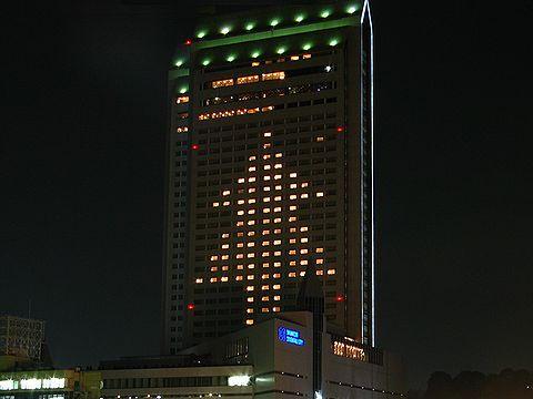 新神戸オリエンタルホテルの巨大クリスマスツリー/神戸市中央区
