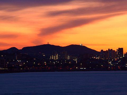 須磨浦山上遊園・鉢伏山の朝焼け/2007年元旦の夜明け・初日の出