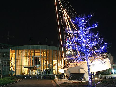 新西宮ヨットハーバーのクリスマスイルミネーション・夜景/西宮市
