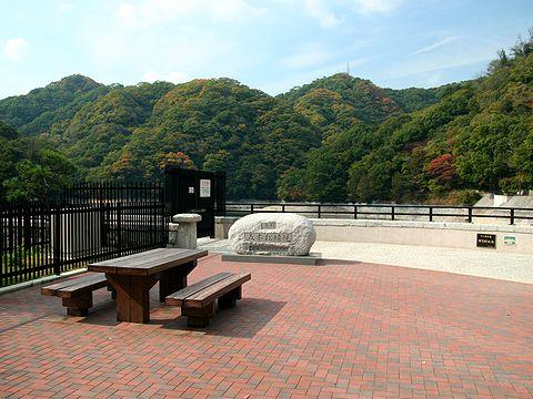 布引ダム(五本松堰堤)・布引貯水池/神戸市
