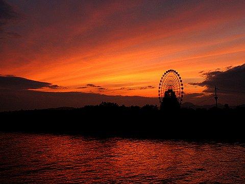 赤穂御崎の夕景/赤穂海浜公園の観覧車