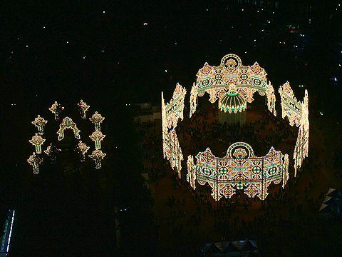 2006年神戸ルミナリエ・東遊園地のスパッリエーラとガレリア/神戸市東遊園地・旧居留地/ルミナリエの写真画像