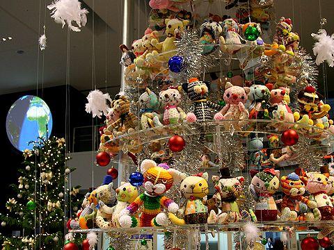 神戸空港のクリスマスツリー/神戸市