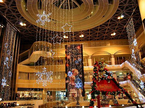 神戸ファッションプラザRink SANTA VILLAGEのクリスマスイルミネーション/神戸市六甲アイランド