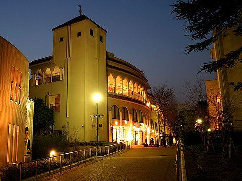 阪急宝塚ハウジングガーデンのイルミネーション・宝塚水と光の彩り2006/宝塚市の夜景