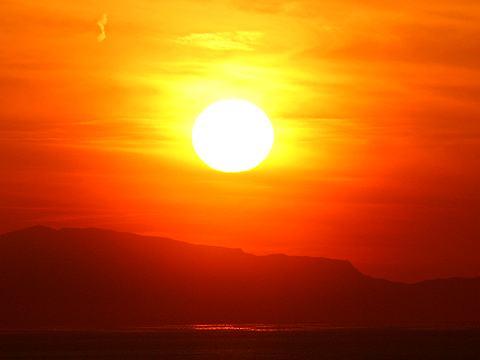 瀬戸内海に沈む夕日
