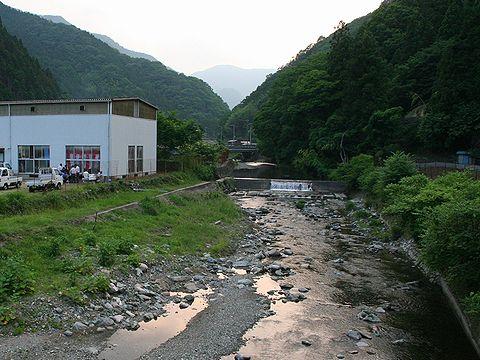 さのう高原ほたるまつりの会場となる円山川水系・佐中川と神子畑川の合流地点