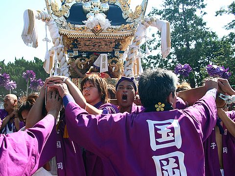 太鼓屋台の練り回し/稲美町・天満神社秋祭り