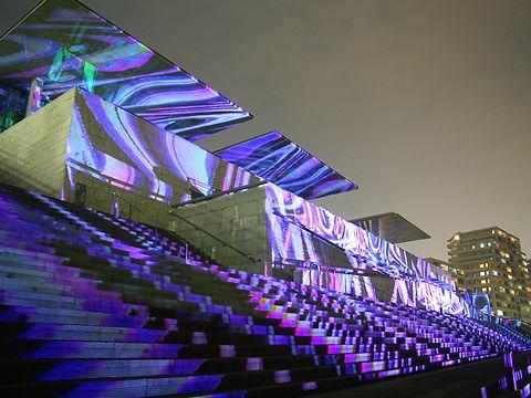 デジタル掛け軸・兵庫県立美術館とHAT神戸の夜景/神戸市中央区