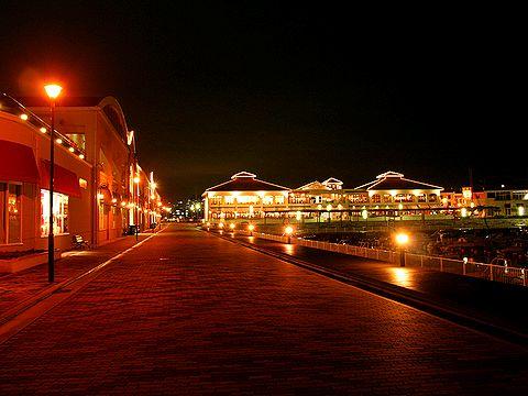マリンピア神戸 ポルトバザールの夜景・ライトアップ/神戸市垂水区