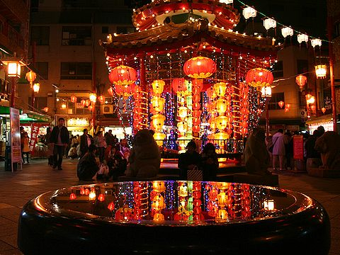 南京町広場東屋のイルミネーション/ランターンフェア(中国提灯)・神戸南京町のクリスマス&夜景/神戸市
