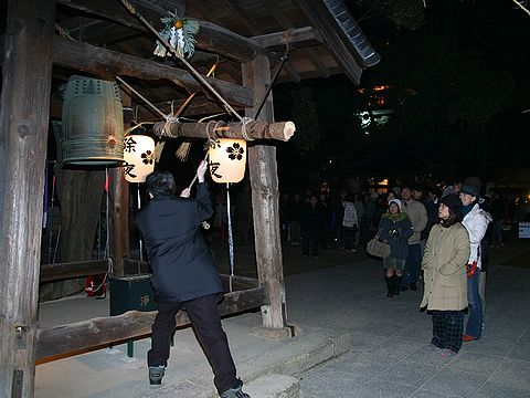 除夜の鐘・須磨寺/神戸市