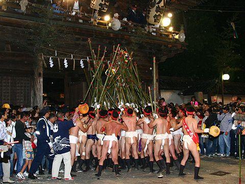 提灯練り(提灯祭り)/姫路市・魚吹八幡神社秋季例祭