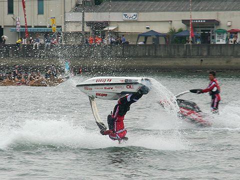 ジェットスキー水上アクロバットショー/相生ペーロン