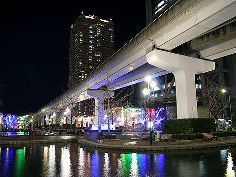 六甲アイランドリバーモール・六甲ライナーの夜景/神戸市六甲アイランド