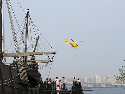 KOBEメリケンフェスタ・ヘリコプターの遊覧飛行/神戸市中央区