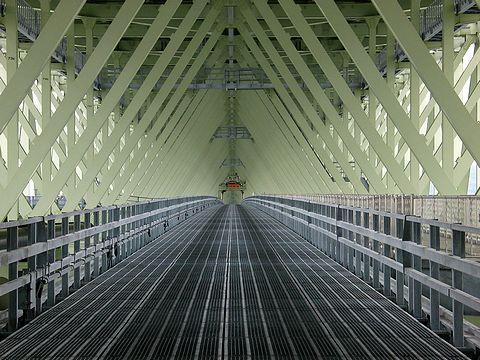 明石海峡大橋・管理通路