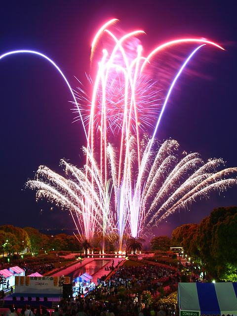 神戸まつり須磨音楽の森花火大会