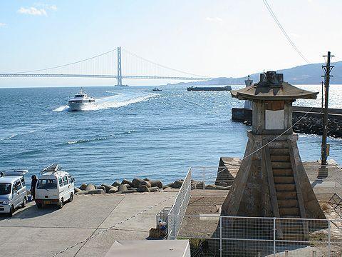関西でもっとも古い灯台・明石港旧灯台/明石市
