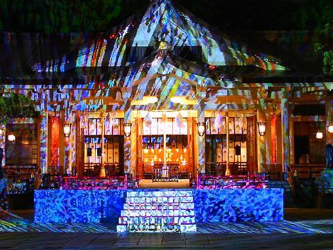 デジタル掛け軸・湊川神社のライトアップ夜景「神戸ビエンナーレ2007」/神戸市中央区
