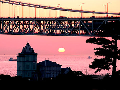 夕日・夕焼けの写真/明石海峡大橋の夕景写真