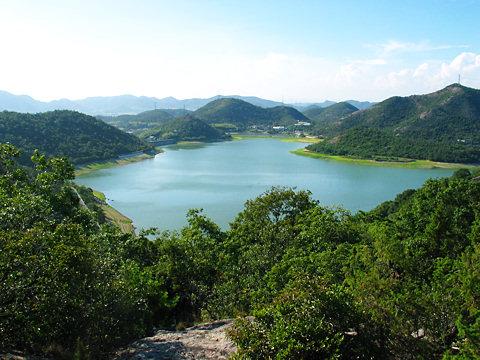平荘湖の風景/加古川市