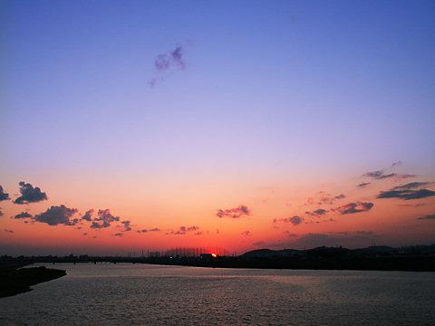 加古川と夕焼け空/加古川市