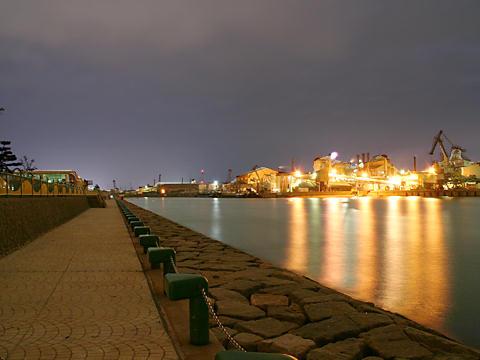 別府みなと緑地とプラント・工場の夜景/加古川市