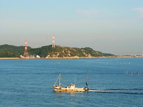 灘浜大橋から見た小赤壁/姫路市