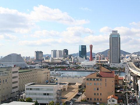 神戸港新港突堤と神戸メリケンパーク・ハーバーランド
