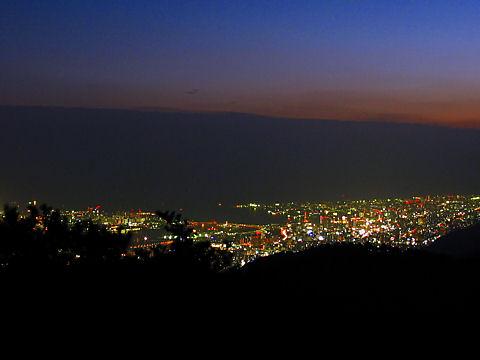 神戸港と神戸市の夜景