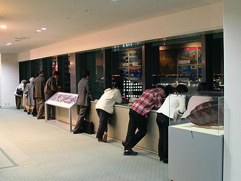 神戸市役所24階展望ロビー