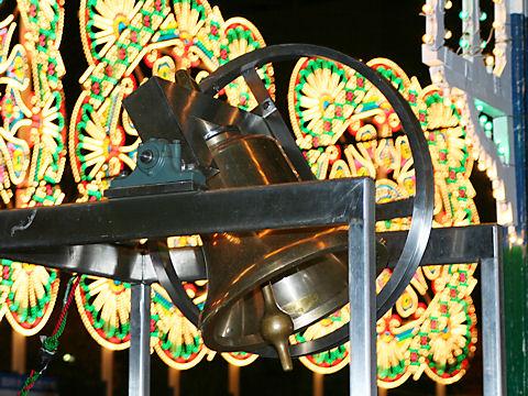 神戸ルミナリエの鐘