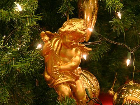 クリスマスツリーのオブジェ/ホテルオークラ神戸