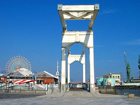 神戸ハーバーランド・はねっこ広場とはね橋_001