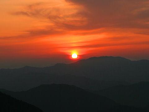 日名倉山から見る夕日