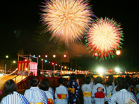 花火の写真・花火大会の画像