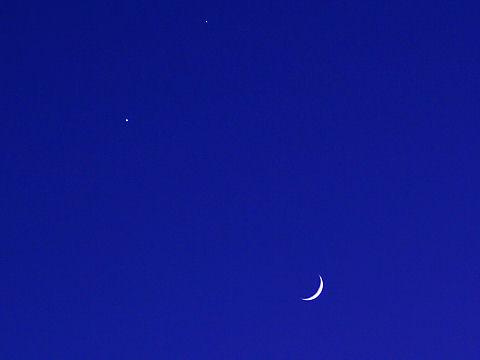 月と星、夜空の写真画像