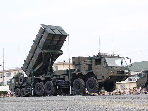 中距離地対空誘導弾「中SAM」ミサイル発射訓練